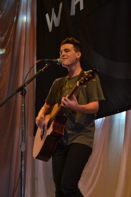 Jacob Whitesides performs in Paris.
